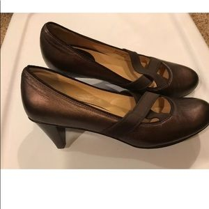 Cole Haan Nike Air leather pumps heels 9-1/2 EUC